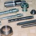 建設機械、除雪車輌、コンプレッサー等の部品を中心に、切削から製缶・塗装まで一貫して加工して納品します。鉄系、ステンレス系をはじめ、アルミ、銅合金まで幅広く対応します。